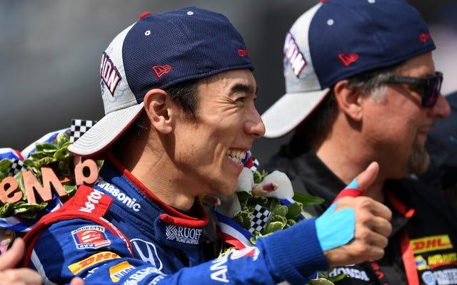 インディ500優勝者の佐藤琢磨のチームは蔑称的なコメントに立ち向かわなければならなかった