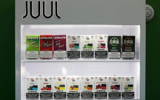 Las tiendas de cigarrillos electrónicos pueden estar exentas de la prohibición federal de sabores, si cree en Kellyanne Conway