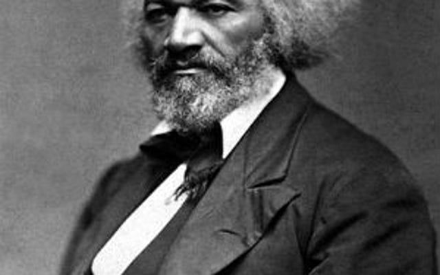 メリーランド州の教師は、フレデリック・ダグラスのレッスン中に「楽しい」奴隷の歌を書くように生徒に求めました