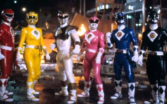 """Эти костюмы из оригинального фильма """"Могучие рейнджеры"""" выставлены на аукцион"""