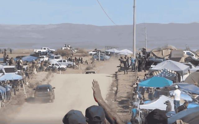 Alexander Rossi si è quasi schiantato frontalmente con un SUV di un fan nella Baja 1000