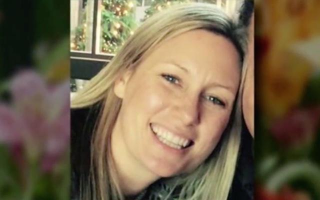 मिनियापोलिस पुलिस अधिकारी जिसने कथित तौर पर ऑस्ट्रेलियाई मूल निवासी की गोली मारकर हत्या कर दी
