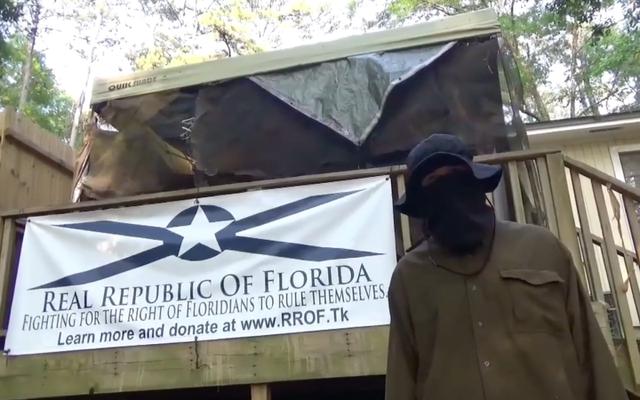 Florida School Shooter ile Bağlarını İddia Eden Beyaz Milliyetçiler, İnternette Nefret Yaymak İçin Meme ve Rap Kullanmış [Güncellenmiş]