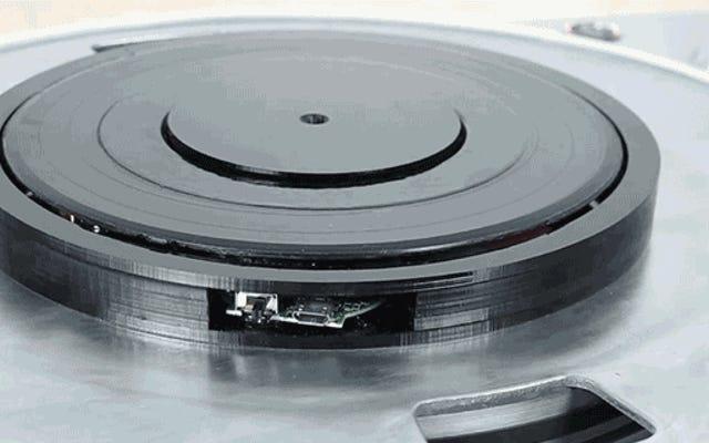 Questo adattatore Bluetooth trasmette la musica attraverso il tuo giradischi