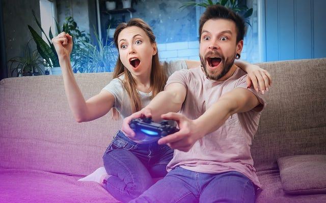 Cómo jugar un juego para un jugador con dos personas