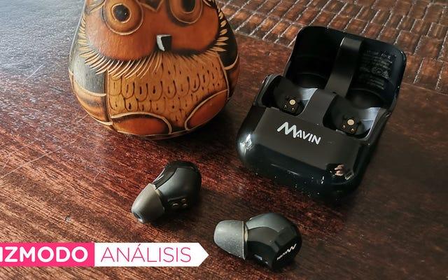 30mの範囲と50時間のバッテリー寿命を備えたこれらのヘッドフォンは、音楽の聴き方を変えます