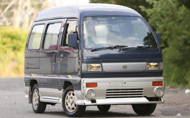 Tôi đang nhập khẩu một chiếc ô tô thứ hai từ Nhật Bản vì Kei Vans rẻ đến kinh khủng