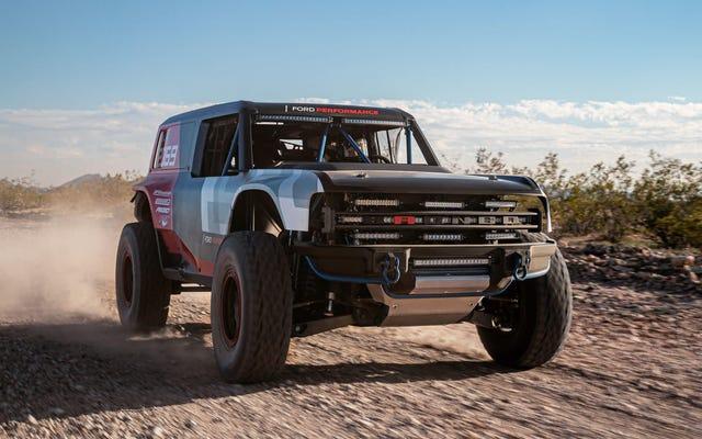 """Nowy Ford Bronco otrzyma trzy """"nowoczesne, klasyczne i niestandardowe"""" wyglądy"""
