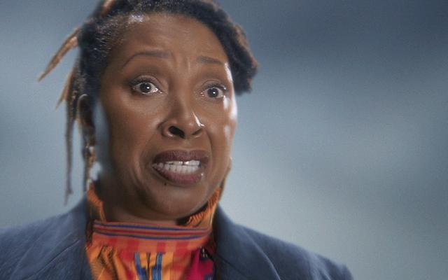 Jo Martin ของ Doctor Who สะท้อนให้เห็นถึงพลังของการเป็นหมอหญิงผิวดำ