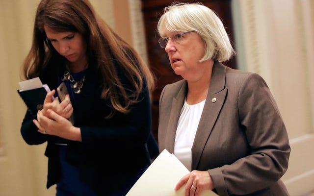 実際の育児法案でイヴァンカ・トランプを打ち負かす民主党員