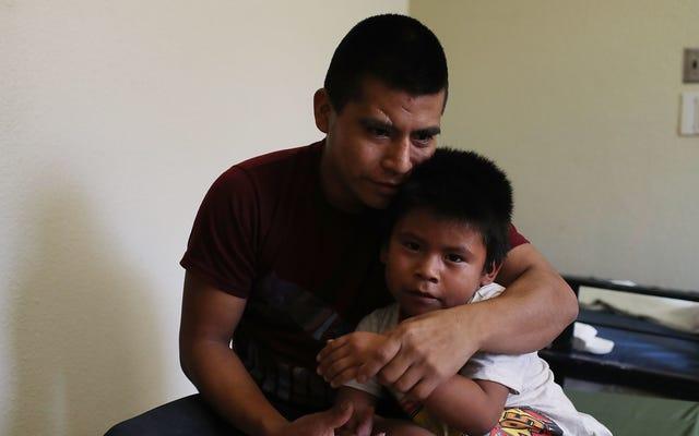 Un procès allègue que l'ICE fait pression sur les parents migrants pour qu'ils abandonnent les affaires d'immigration de leurs enfants afin d'accélérer l'expulsion