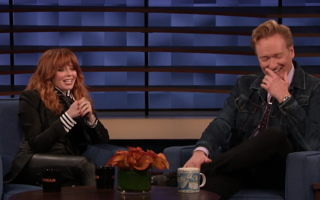 Natasha Lyonne a Conan en points de suture qui dissipe ses chances aux Emmy Awards