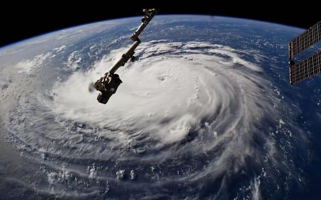 ハリケーンフィレンツェはフロリダ海岸が見た中で最悪の嵐かもしれない-それがどこに向かっているのか