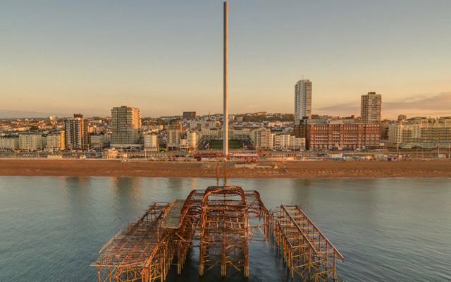 世界で最も細い塔の幅は13フィートですが、高さは531フィートです。