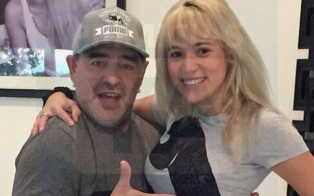 Parece que Diego Maradona fue y se compró una cara nueva