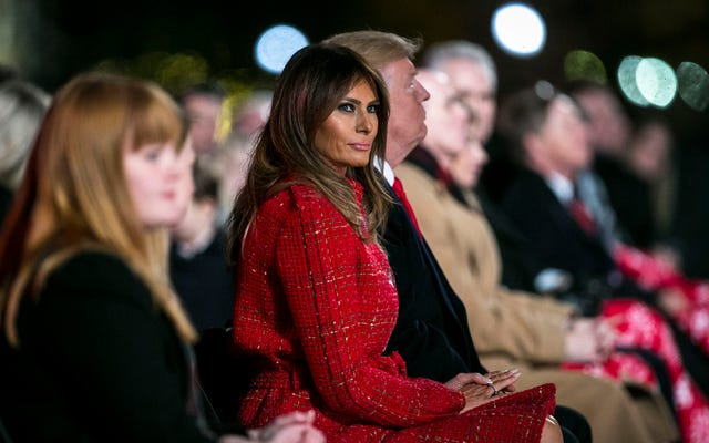 О боже: Мелания Трамп ошиблась в дате Перл-Харбора в памятном твите