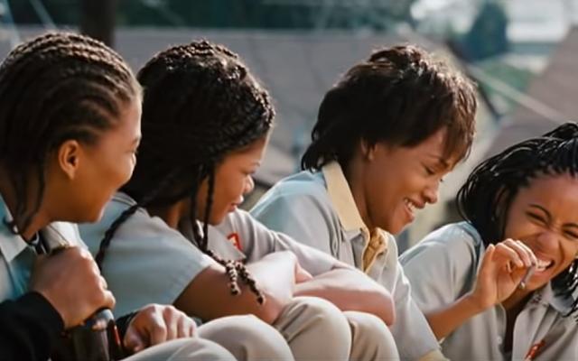 Issa Rae ma zamiar rozpocząć przygodę z nowym filmem o napadzie z lat 90