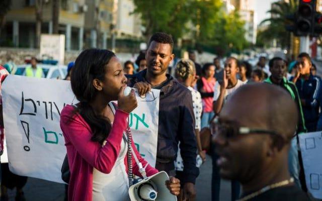 なぜイスラエルはアフリカ人を追い出しているのですか?