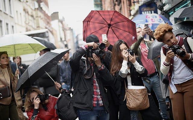 Sokak Stili Fotoğrafçıları Resmi Olmayan Birlik Oluşturuyor
