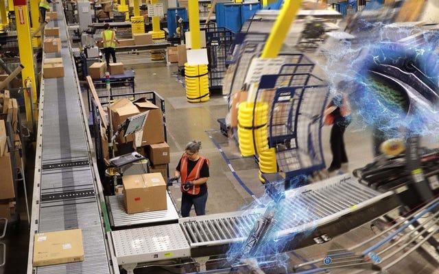 レポート:Amazonが熱感知エイリアンハンターを使用して、統一しようとしている労働者を追跡している