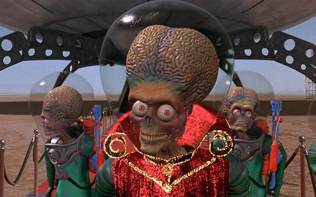 La nuova linea diretta anti-immigrati di Trump inondata di avvisi di avvistamento alieni