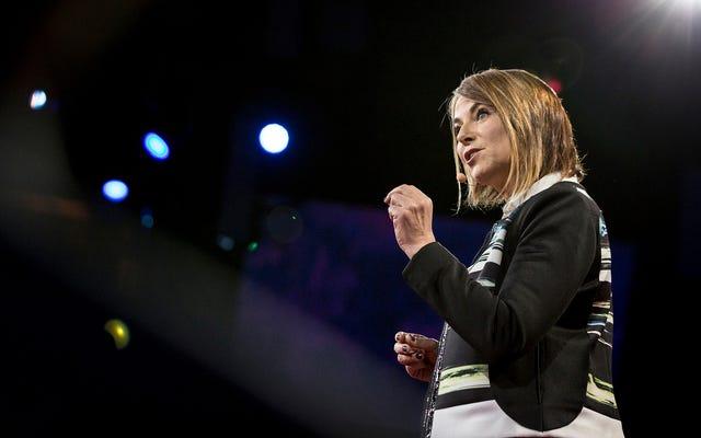 คุณมีคำถามอะไรสำหรับ Esther Perel เกี่ยวกับการนอกใจ?