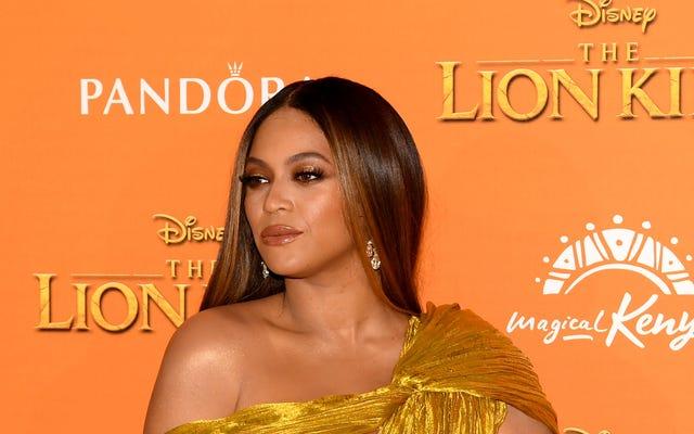 BeyHive Wished Upon a Star và Beyoncé xuất hiện trên #DisneyFamilySingalong