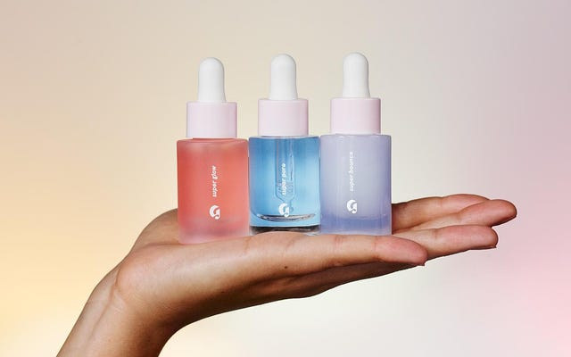 Supers to Pièce De Résistance of Simple, Lazy-Girl Skin Care firmy Glossier