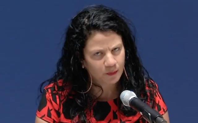 Белая женщина признается, что она годами занимается с нами Рэйчел Долезал - и мне хорошо