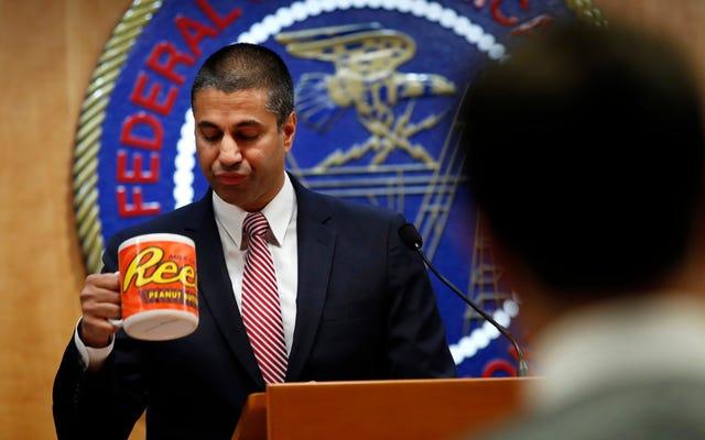 FCCは、誰が偽のコメントを提出したかを追跡できないことを法廷で認めています