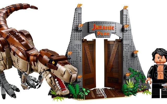 Jeff Goldblum Berdada Telanjang Adalah Satu-satunya Alasan Anda Perlu Mengambil Set Epic Lego Jurassic Park