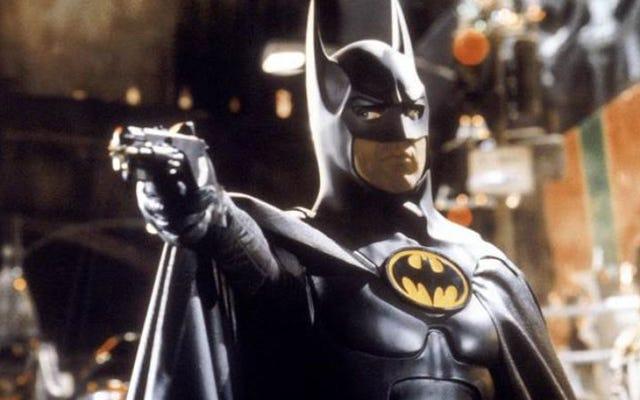 マイケル・キートンは、スクリプトが「吸い込まれた」ため、バットマンフォーエバーを引き継ぎました