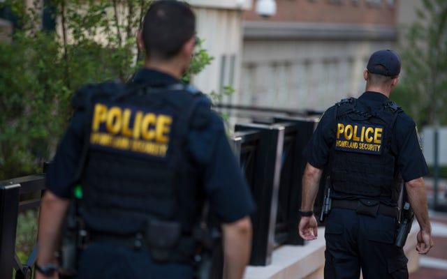 Le DHS va intensifier la surveillance des médias sociaux des personnes entrant dans le pays