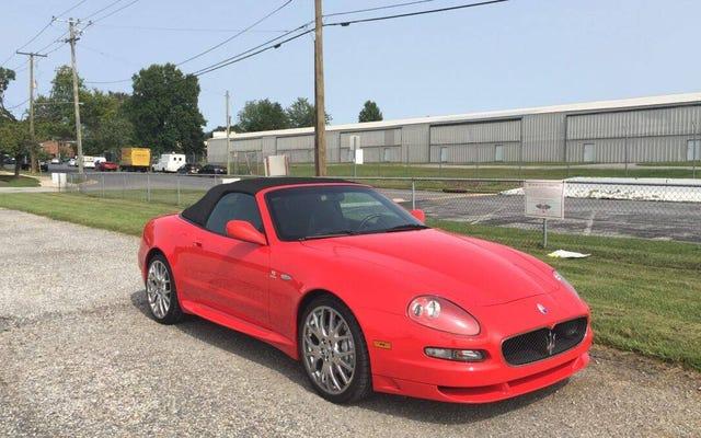 Với giá 25.000 USD, Maserati GranSport Spyder 2006 này có thể trở thành một thỏa thuận lớn?