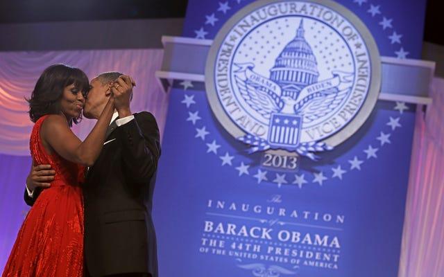 バラク・オバマの新しい回想録は、大統領が彼の結婚にかけた緊張を明らかにします