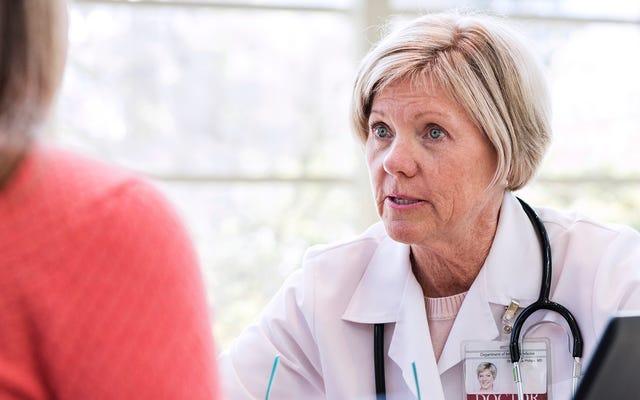 Dokter Meyakinkan Keluarga Limbaugh Adalah Normal Bagi Tubuh Untuk Terus Mengoceh Tentang Kesejahteraan Beberapa Jam Setelah Kematian