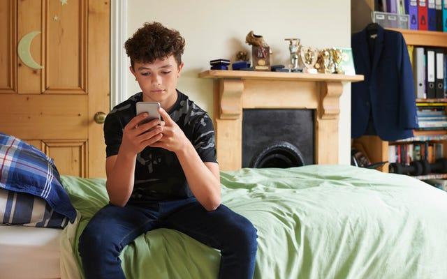 Per comunicare con i tuoi ragazzi, invia loro un messaggio