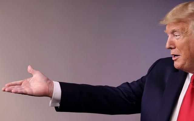 Czy Trump podarował wentylatory swoim sojusznikom? Pewna kongresmenka tak myśli i ma rachunki