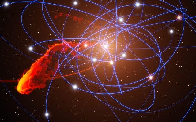 天文学者は私たちの銀河のブラックホールから前例のない閃光を見つけます