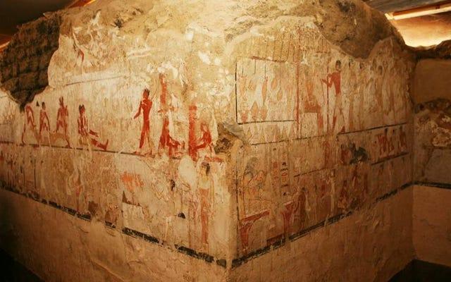 Arkeolog menemukan makam yang tidak biasa dari seorang pendeta wanita Mesir tingkat tinggi di dekat Giza