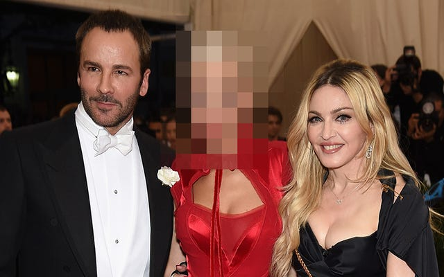 Madonna hizo que QUIEN se arrodillara la primera vez que se conocieron