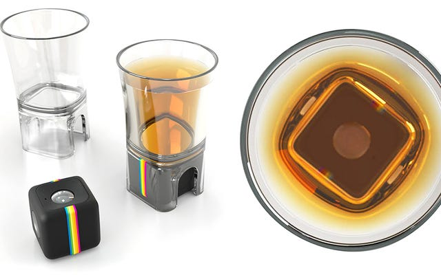 Polaroid के एक्शन कैमरा में अब आपके पेय का दस्तावेजीकरण करने के लिए एक शॉट ग्लास एडेप्टर है