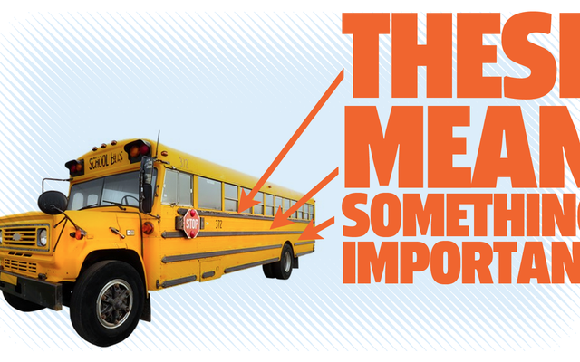 これはスクールバスのそれらの黒い縞が実際に意味するものです