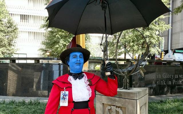 io9 Halloween Costume Show settimana due: sono Mary Poppins, voi tutti