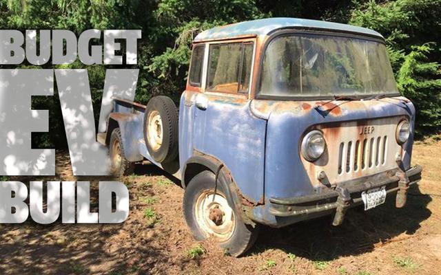Je transforme cette Jeep FC-170 rouillée de 1958 en un tout-terrain électrique, mais ça va être brutal