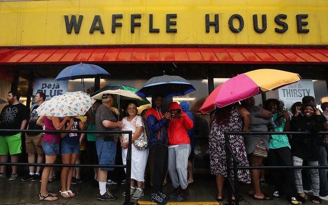 Mengapa Waffle House Adalah Indikator Terbaik Keparahan Badai