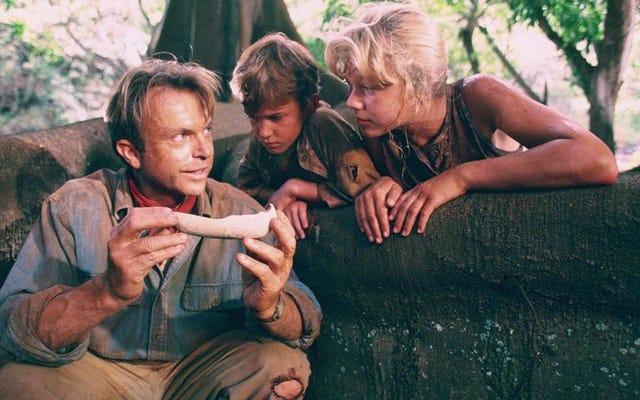 In Jurassic Park, Spielberg ha creato uno dei preferiti di famiglia da un libro per adulti