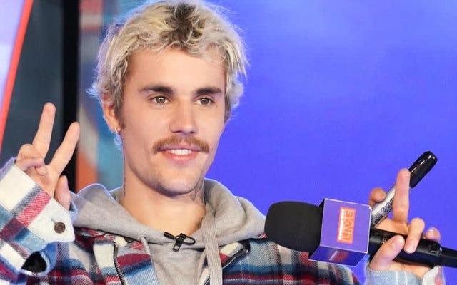 La fuga del gatto di Justin Bieber è stata contrastata da Sandra Lee