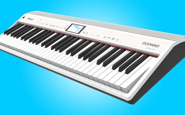 手が弾き続けている間に、AlexaにRolandの新しいキーボードのサウンドを変更するように依頼できます