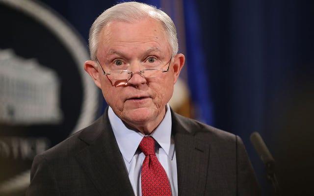 Jeff Sessions va de l'avant dans la bataille contre la marijuana que personne d'autre ne veut
